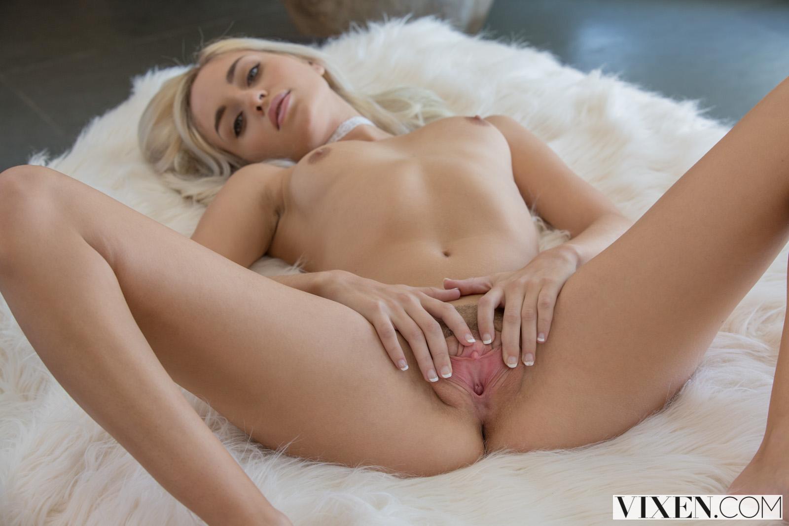 Xxx Eva lovia gif porn gifs land