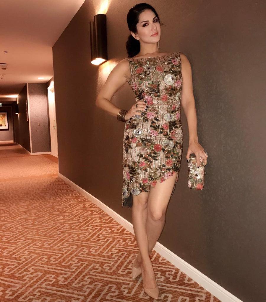 Sunny leone photos without dress