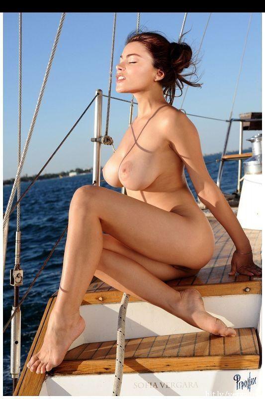 Has sofia vergara ever been naked