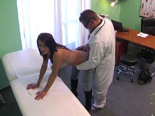 Real hidden camera caught doctor sex patient hottest sex