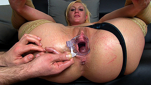 Amateur girl cums hard in first homemade fuck video free abuse