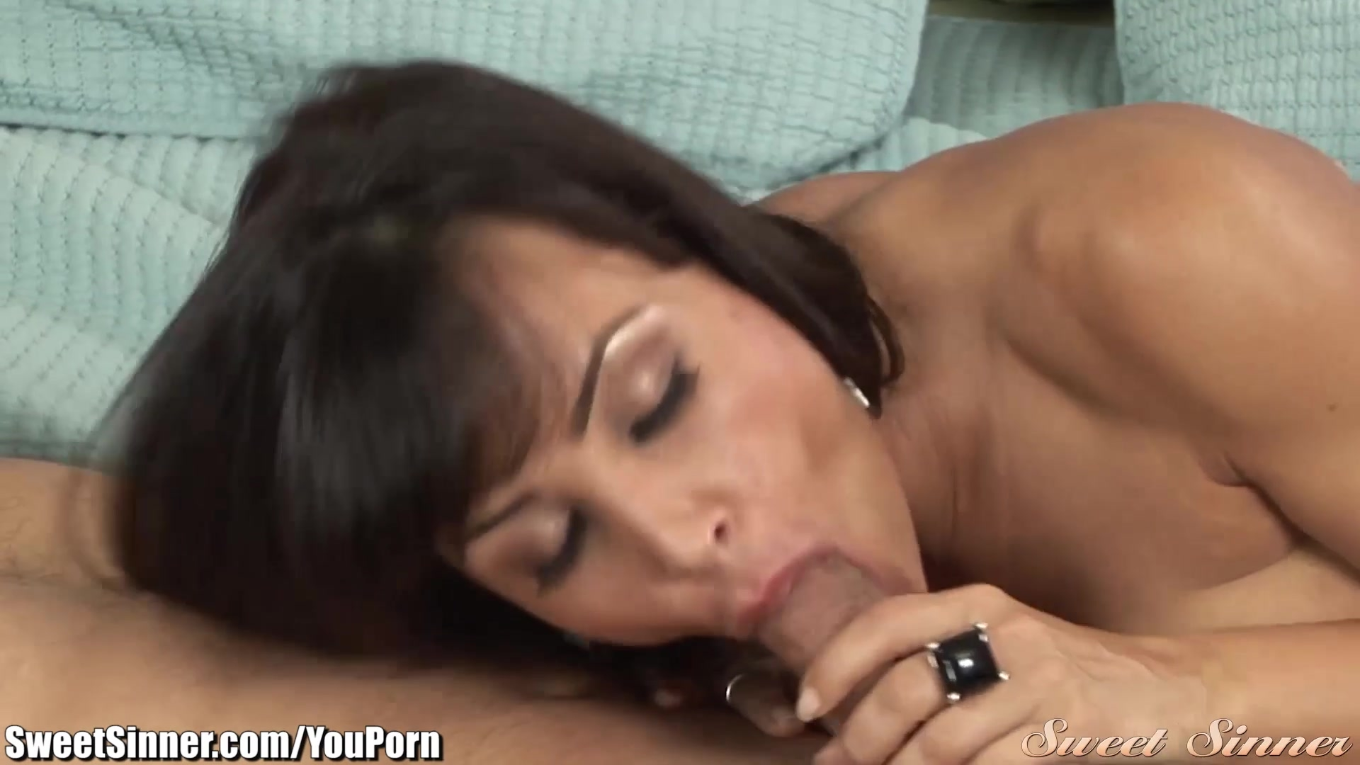 Free lisa ann step mom porn videos from thumbzilla