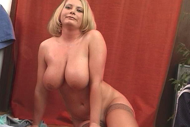 I want video chat with irian female