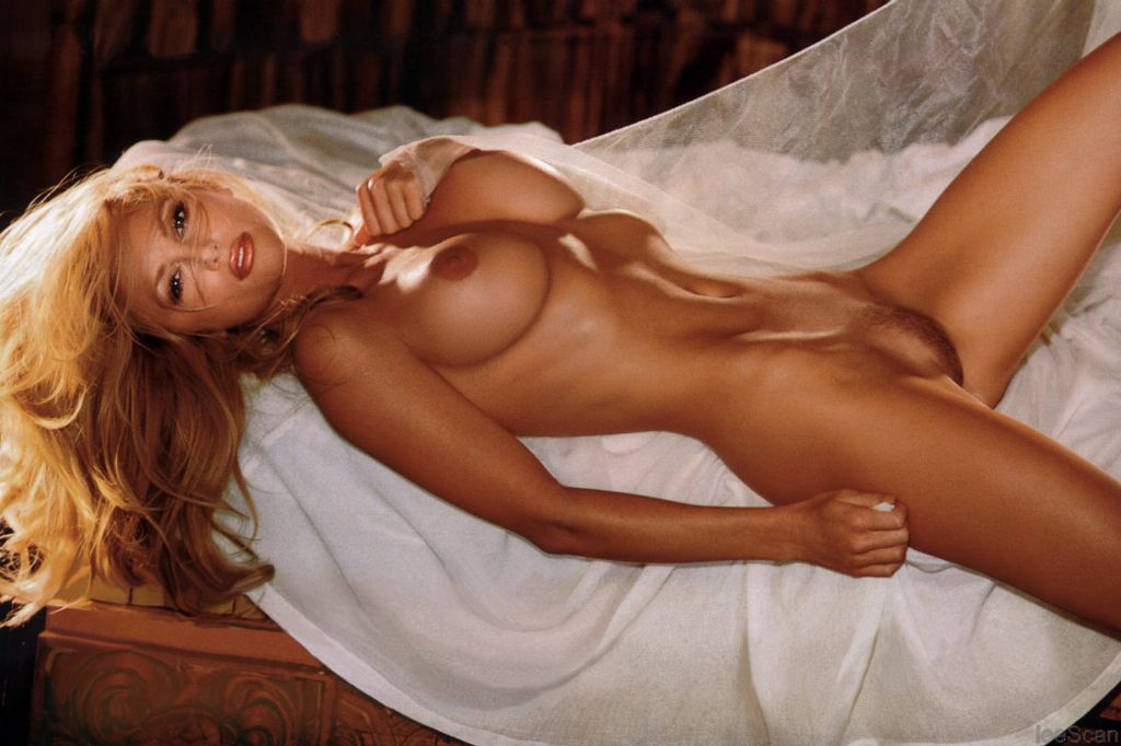 Brande roderick nude pictures