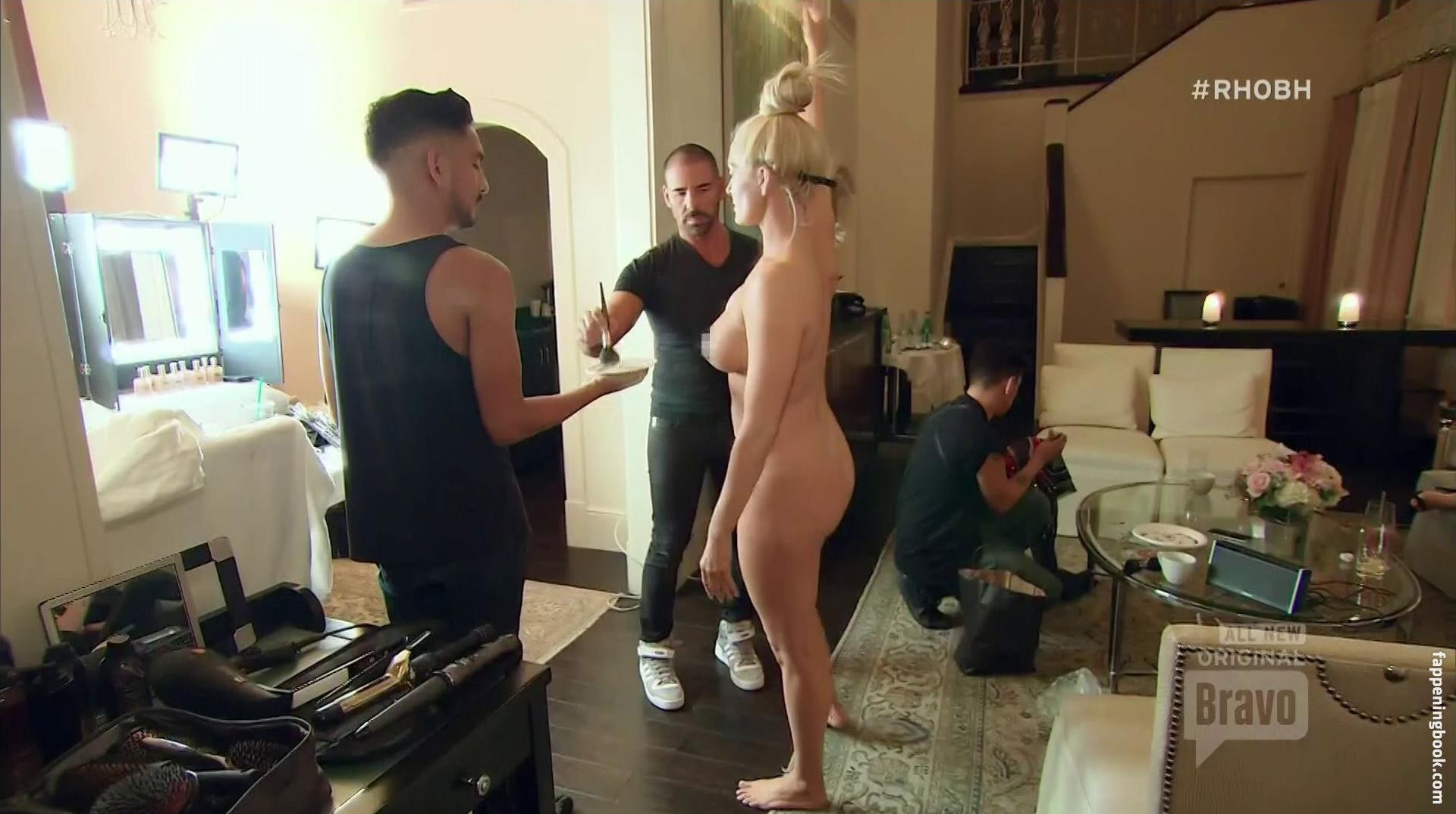 Gangbang creampie veronica avluv porn