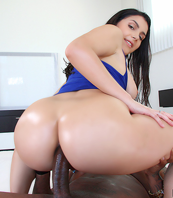 Sex tape between black big dick and hot milf anita blue