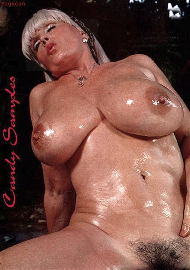 Thick bitch with big natural boobs rides fat dick