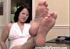 Annabelle flowers footjob porn