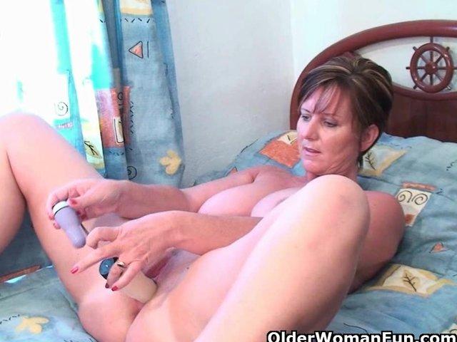Girl masturbating watching lesbian porn