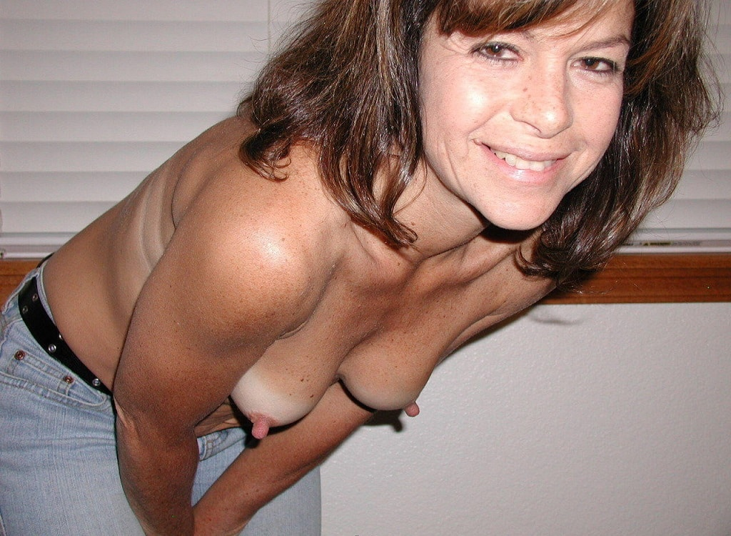 Showing images for dee dexter sister porn xxx