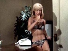 Big tits blonde fake taxi porn