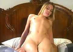 Hot pussy eating porn XXX