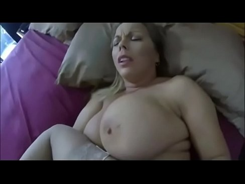 Sleeping stepmom molested son videos free porn videos